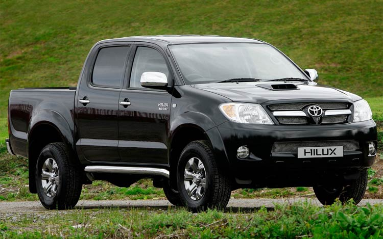 Toyota_hilux_pickupfront_view.jpg